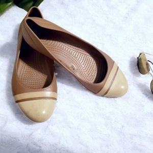 🏖 Crocs flats🏖